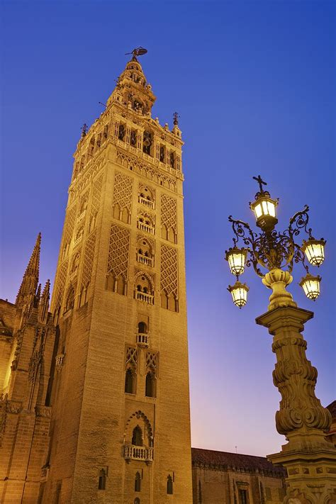 la spain file la giralda seville spain sep 2009 jpg