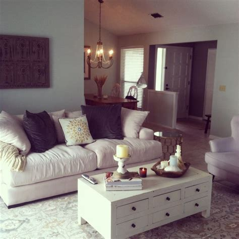 z gallerie pierce sofa living room sea salt and revere pewter walls caitlin rug