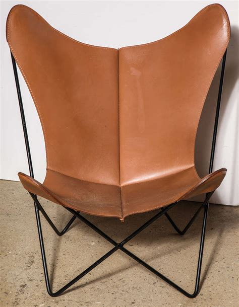 wrought iron butterfly chair single knoll style hardoy butterfly chair at 1stdibs