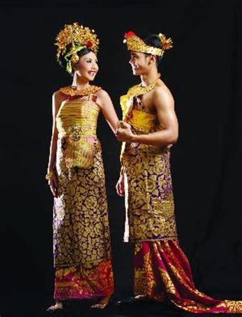 Celana Adat Bali about fashion pakaian adat nusantara