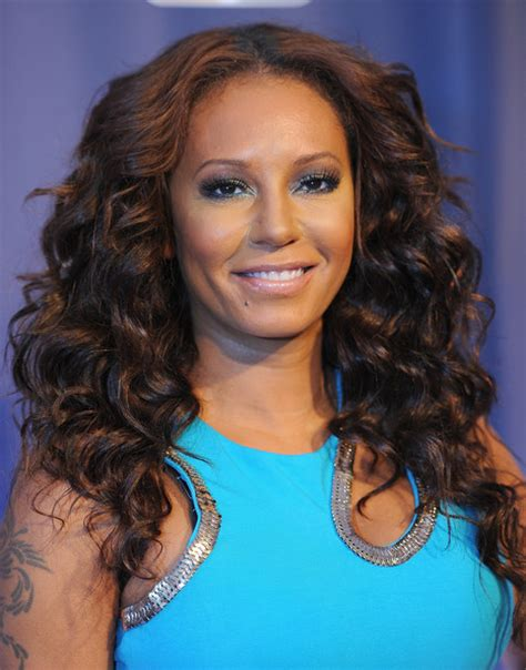 mel b hairstyles melanie brown long curls melanie brown hair looks