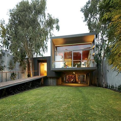 traditional modern home a traditional modern family home in peru paperblog