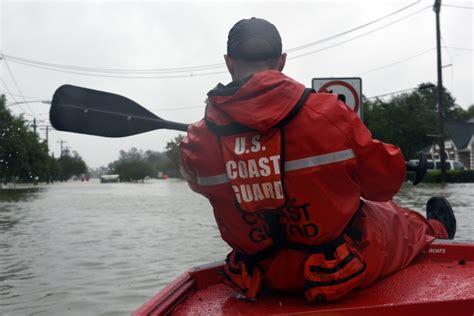uscg punt boat coast guard flood punt team responds to hurricane harvey