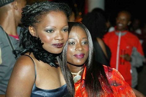 heres the kuli roberts racist article causing all the drama celebrities you probably didn t know were related
