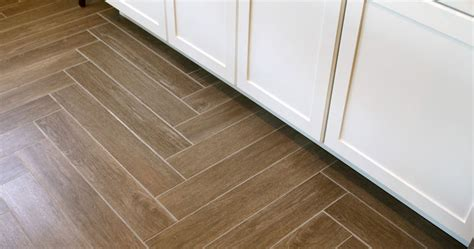 Average Cost Of Installing Tile Flooring Cost Of Replacing Tile Floor With Hardwood Thefloors Co