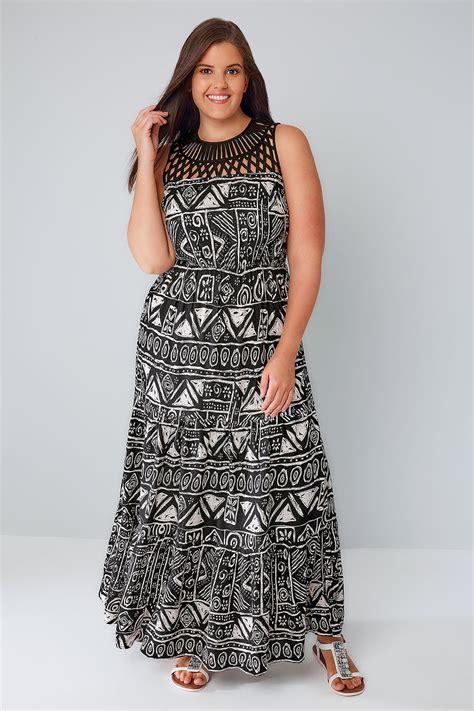 White Black Maxi black white aztec print maxi dress with cut out yoke