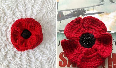 pattern to crochet a poppy stickytiger lest we forget remembrance day poppy crafts
