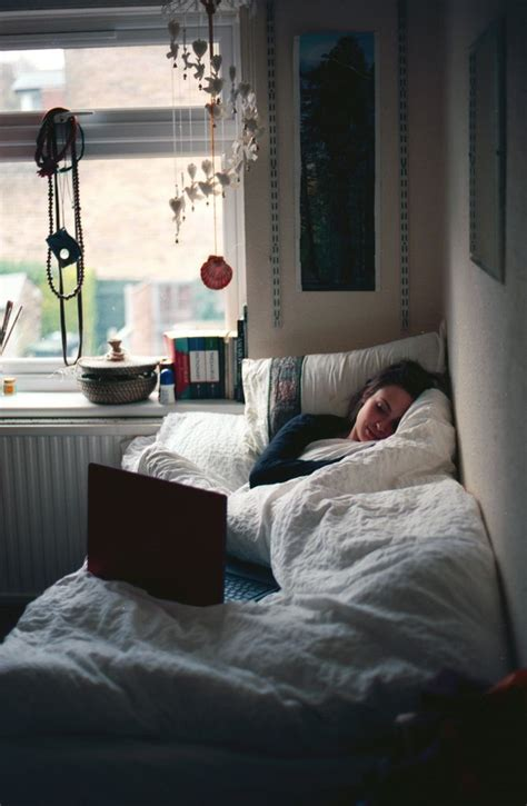 best bedrooms ever college class checklist warm blankets and bedrooms