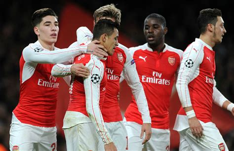 arsenal players salary arsenal news players donate salary against manchester