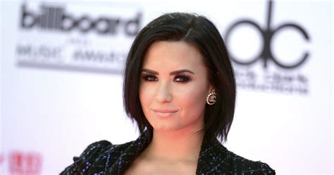 body say demi lovato review demi lovato strips down to promote body say ny daily news