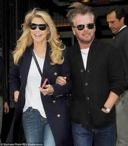 christie brinkley wants to make john mellencamp her fifth