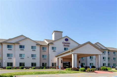 Comfort Suites In Burlington Ia 319 753 1