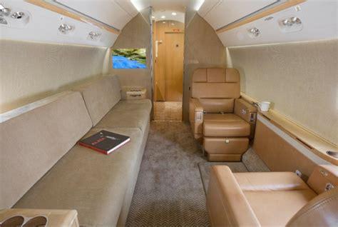 oprah winfrey jet oprah winfrey her amazing us 70 000 000 private jet