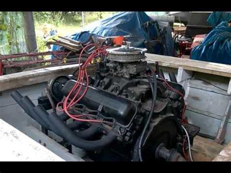 v8 speedboot international 392 v8 in old speedboat youtube