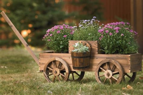 grand wishing well planter fresh garden decor