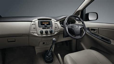 Lu Belakang Toyota Kijang Grand Assy 1 Set 2 2012 new innova showing new toyota innova indonesia interiors jpg