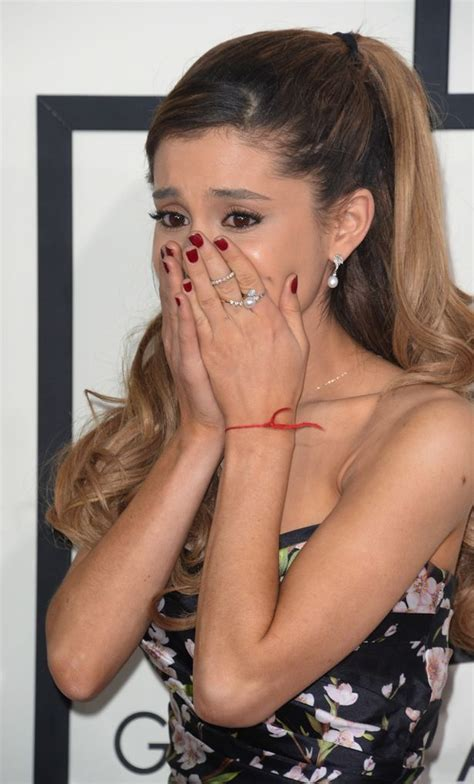 is ariana grande hair falling out did ariana grande just break down in tears on the grammy
