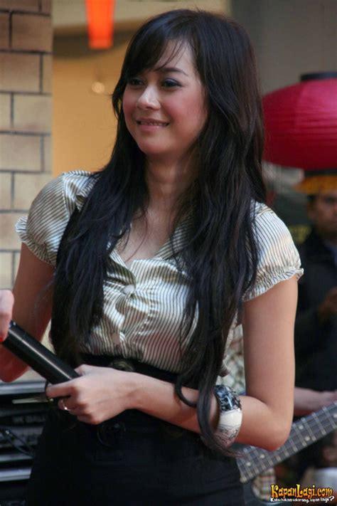 film baru aura kasih aura kasih indonesian actress movie news