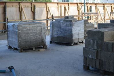 Sale Paku Beton Sherlock 4 Inch 4 inch concrete blocks 25 per 100 for sale in dublin 1 dublin from yozzer