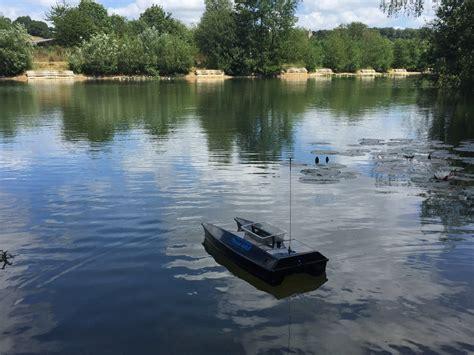 fishing boat hire uk carp fishing lake westfield fishery buckinghamshire uk