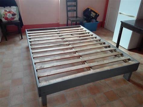 lit avec des palettes simple tete de lit palette mulhouse