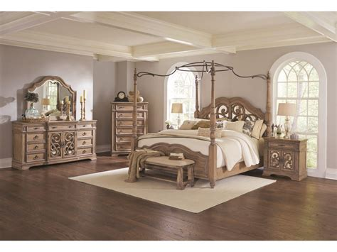Antique King Size Bedroom Sets by Antique King Size Bed Image Of Antique King Size Canopy