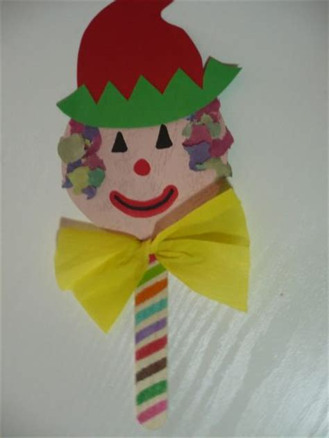 How To Make A Paper Clown - craft stick clown puppet family crafts