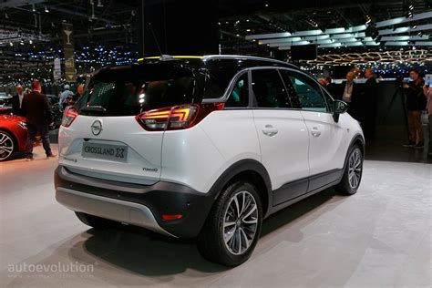 opel peugeot opel crossland x is now a peugeot in geneva autoevolution