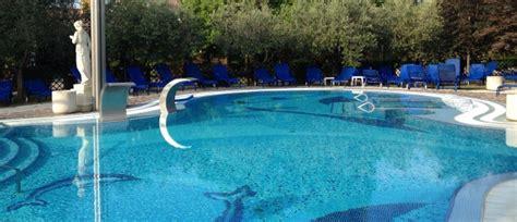 hotel petrarca montegrotto ingresso giornaliero abano terme piscine termali ingresso giornaliero petrarca