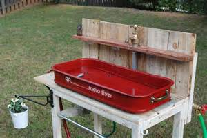 our outdoor garden sink with and cold running water