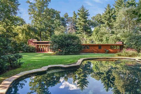 frank lloyd wright houses for sale 9 best frank lloyd wright homes for sale in 2016 curbed