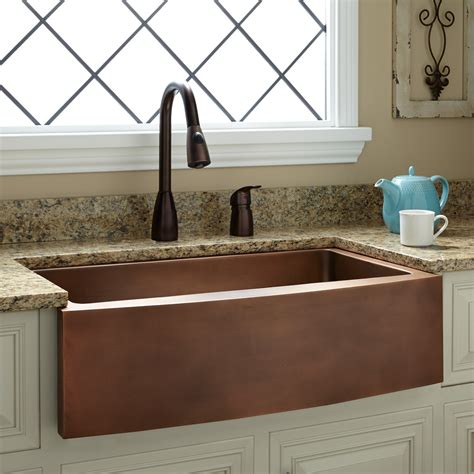Copper Farm Sinks For Kitchens 33 Quot Kiana Curved Apron Copper Farmhouse Sink Kitchen