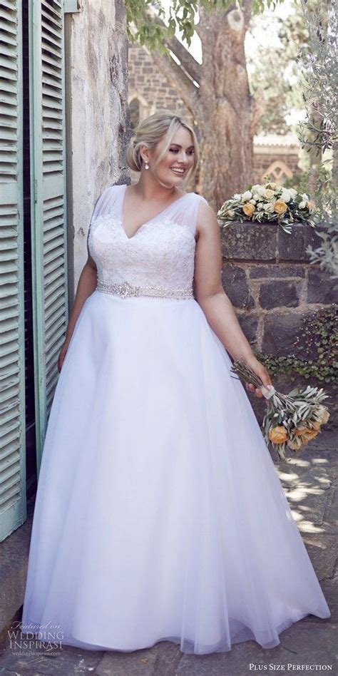 Wedding Hair For Plus Size Brides by 17 Best Images About Luxe Brides Plus Size Wedding Dresses