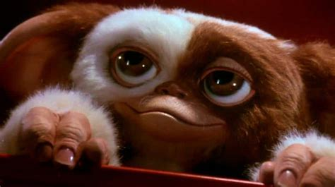 the world s best photos of gremlins and meet gizmo from the gremlins minecraft building inc