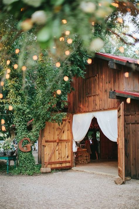 barn wedding venues southern home decor rustic style southern wedding inside a barn rustic beautiful