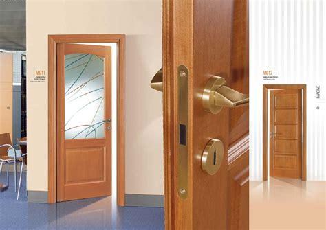 porte tanganica porta tanganika ciliegio vetro con linee colorate mdbportas