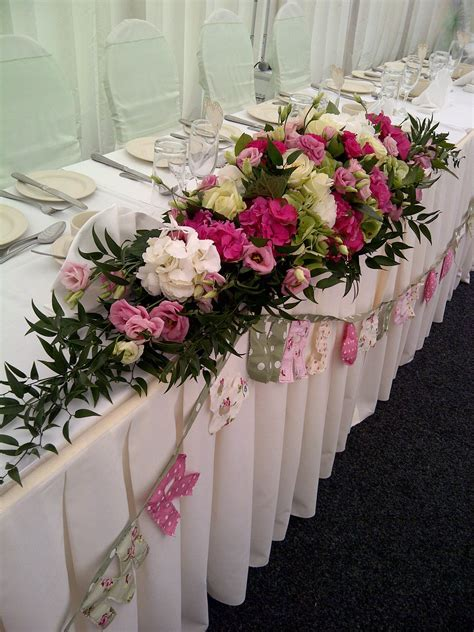 Wedding Table Flower Arrangements   Wedding Flowers Ideas