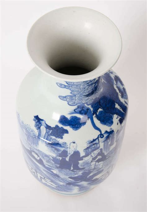 Blue And White Vase Made In China by Early 19th C Large Vase Blue And White