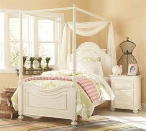 Canopy Beds With Low Poster Bed With Canopy Frame By Legacy Classic
