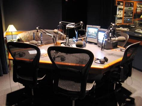 the mens room podcast former abc affiliate station in la another view of the studio with the room