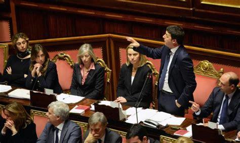ieri alla dei deputati governo renzi verso la fiducia della cosa avverr 224