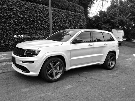 white jeep grand cherokee custom jeep grand cherokee srt car pictures images