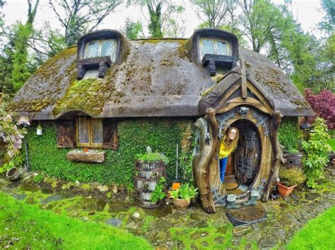 hobbit house pictures real life hobbit house built in tomich scotland