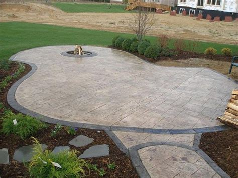 backyard cement designs 1000 ideas about sted concrete patios on pinterest
