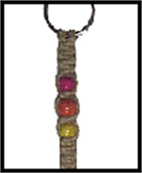 Macrame Keychain Pattern - how to tie basic macrame knots to make a key chain or