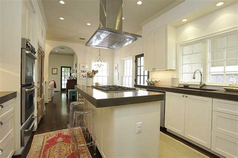Kitchen Soffit Box Design Ideas