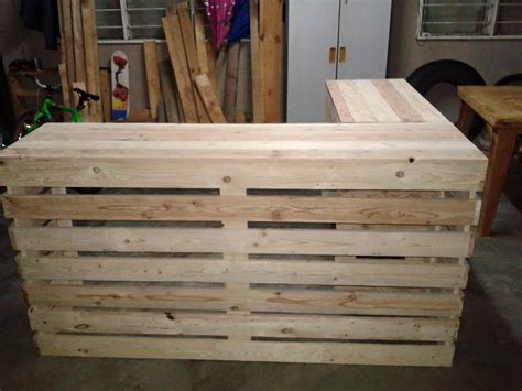 pallet desk counter or reception desk pallet furniture diy