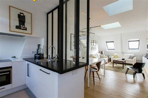 meuble sous pente ikea 309 la verri 232 re en bois peint en noir d 233 limite l espace et