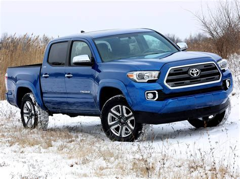 Toyota Tacoma 2016 Pictures 2016 Toyota Tacoma Before Detroit Debut