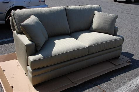 king hickory sofa price king sofa prices king hickory sofa prices barnett